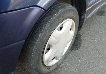 137 軽自動車のタイヤ.jpg