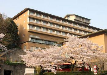 7030 ホテル201804-2.JPG