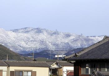 冬山遠景.jpg